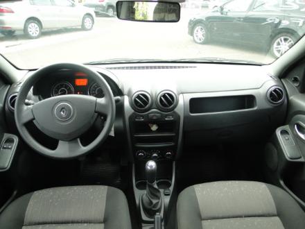 Renault Logan Expression 1.0 16V (flex) Prata 2012 Prata, 4 portas, Flex