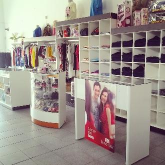 a767abeec Vendo Loja COMPLETA em Franca SP Vender Comprar Vendo Loja COMPLETA ...