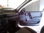 Corsa Sedan 4P em ótimo estado 2000/01