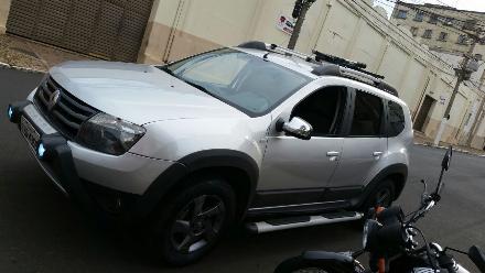 Duster 2.0 4x4 Prata 2012