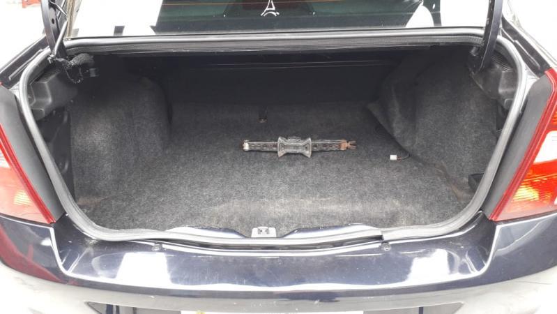 Clio Sedan 1.6 16 V flex