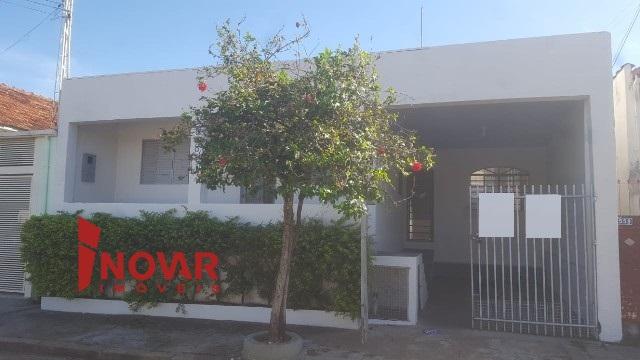 Aluga-se casa no bairro Alto Cafezal
