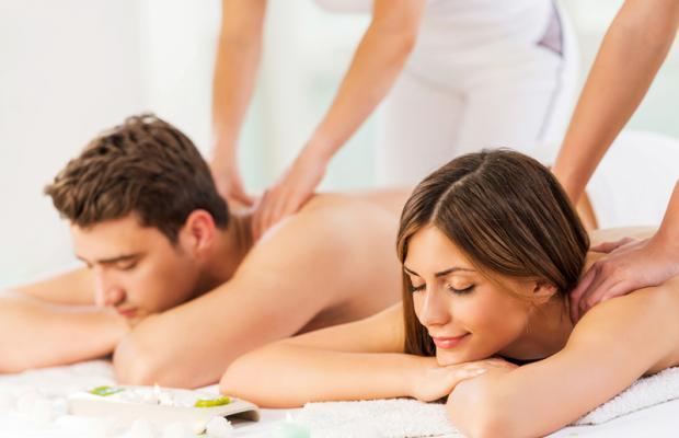 Pedras Quentes, Massagem Relaxante ou Drenagem Linfática ou Massagem Modeladora em até 4 Sessões, em até 12x