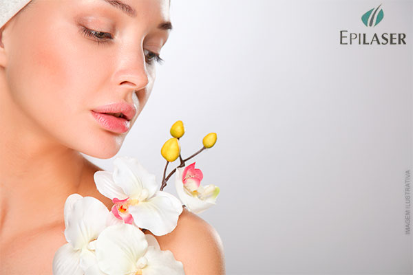 Higienização Facial + Esfoliação + Hidratação Antioxidante de Vitamina C na Epilaser, por apenas 9,99.
