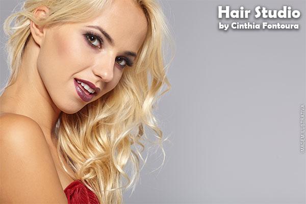 Luzes na Touca + Tonalização + Hidratação Pós Química + Escova no Hair Studio, de 140,00 por apenas 59,90.